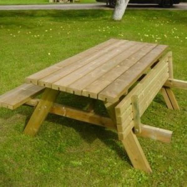 Tables & Seats